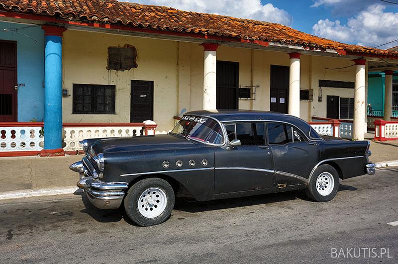 samochodem po Kubie