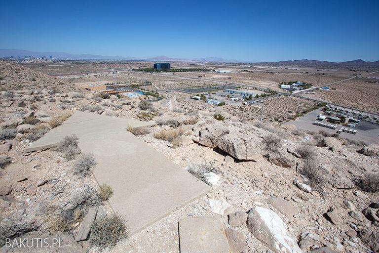 Betonowa strzałka nad Las Vegas