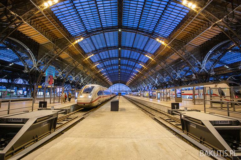 Dworzec kolejowy w Lipsku, największy taki w Europie.