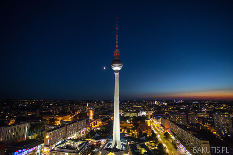 Wieża telewizyjna w Berlinie ma 50 lat