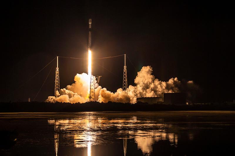 Jak odnaleźć satelity Starlink nad Polską?