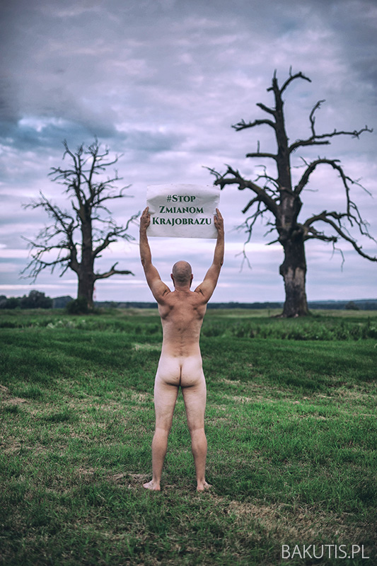 Nadzy w obronie krajobrazu