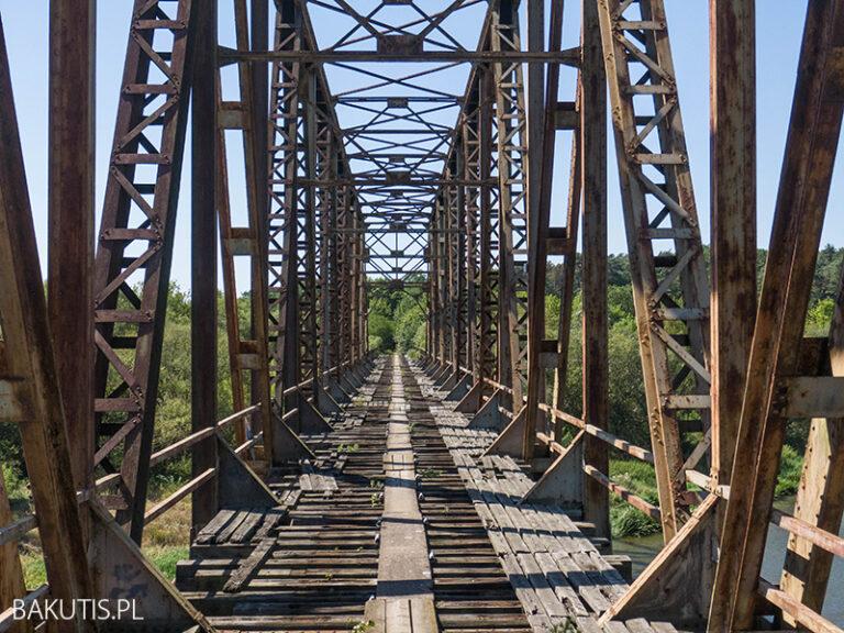 Most kolejowy w Stobnicy [film]